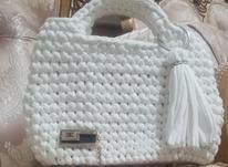 کیف مجلسی بافته شده از نخ تریکو سفید.  در شیپور-عکس کوچک