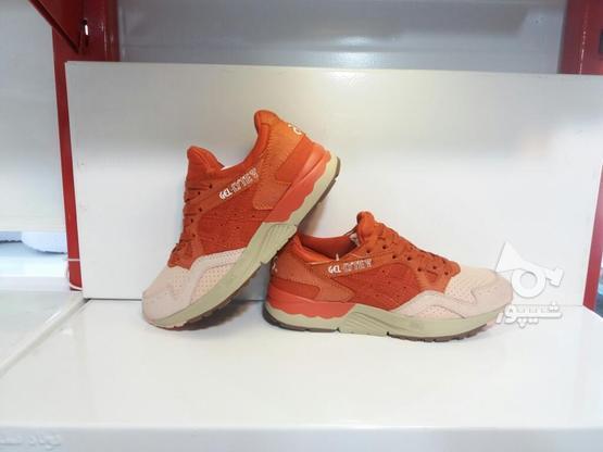 کفش کتونی پیاده روی اورجینالasics Gel در گروه خرید و فروش خدمات و کسب و کار در خراسان رضوی در شیپور-عکس8