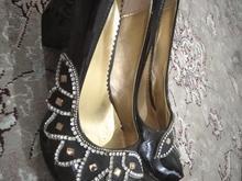 دو جفت کفش زنانه نو در شیپور