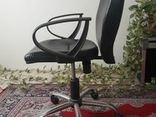 صندلی چرخدار اداری در شیپور