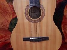 گیتار در حد نو در شیپور