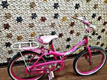 دوچرخه صورتی در شیپور