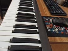 میدی کیبورد کنترلر پیانوییِ icon در شیپور