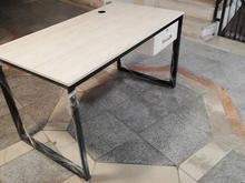 میز کارمندی مدرن با پایه فلزی نو در شیپور