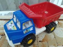 کامیون پلاستیکی در شیپور