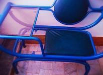 یک عدد میز تلفن به رنگ آبی  تمیز و زیبا در شیپور-عکس کوچک