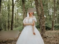 لباس عروس مدل یقه حلزونی ژورنال ترک در حد نو در شیپور