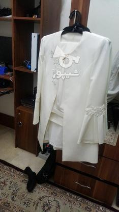 یک دست کت و شلوار زنانه مجلسی همراه با شال سفید کاملا نو در گروه خرید و فروش لوازم شخصی در تهران در شیپور-عکس1