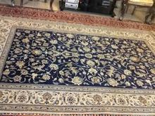 یک جفت فرش دستباف در شیپور