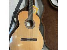 گیتار کلاسیک آلمانزا almansa مدل Cedro 401 در حد آکبند در شیپور