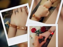 ست دستبند چرم طبیعی گاوی پدر پسری،مادر دختری ،همسری و تک در شیپور
