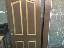 درب چوبی سالم و ضربه در شیپور