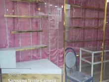 مغازه پاساژ تمام ویترین آماده برای هر گونه اشتغال در شیپور