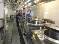استخدام آشپز ایرانی و کمک آشپز +بیمه+جای خواب+غذا در شیپور