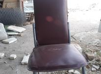 صندلی رویه چرم قرمز در شیپور-عکس کوچک