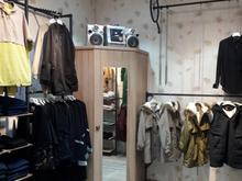 مغازه فروشی واقع درپاساژصفویه کاشان در شیپور