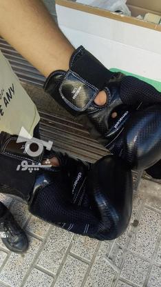 دستکش. بوکس آدیداس در گروه خرید و فروش ورزش فرهنگ فراغت در تهران در شیپور-عکس2