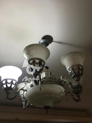 لوستر 6 شعله نقره ای سالم در حد نو در گروه خرید و فروش لوازم خانگی در خراسان رضوی در شیپور-عکس2