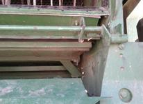 دروگر پشت تراکتور در شیپور-عکس کوچک