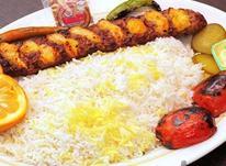 کارگر ساده رستوران.حقوق بالا در شیپور-عکس کوچک
