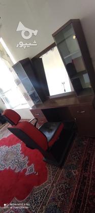 ویترین و آینه و صندلی آرایشگاه درحد نو در گروه خرید و فروش صنعتی، اداری و تجاری در همدان در شیپور-عکس6