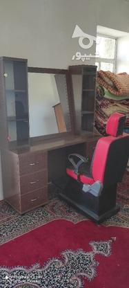 ویترین و آینه و صندلی آرایشگاه درحد نو در گروه خرید و فروش صنعتی، اداری و تجاری در همدان در شیپور-عکس3