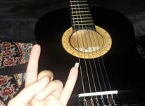 گیتار مشکی در شیپور-عکس کوچک