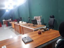 منشی خانم آشنا به کامپیوتر در شیپور