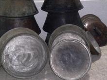تشت و لگن و دیگ مسی قدیمی در شیپور