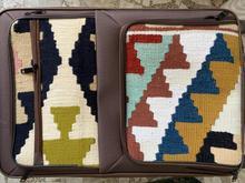 سه عدد چمدان و کیف صنایع دستی در شیپور