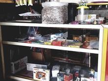 ویترین مغازه در شیپور