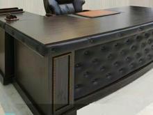 میز مدیریت چرمی با ال در شیپور