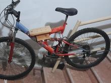 دوچرخه دنده ای دارای دو کمک فنر و لاستیک نو در شیپور