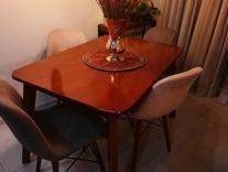 میز جلو مبلی و میز نهار خوری و آباژور در شیپور
