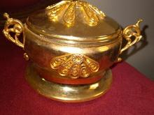 قندان طلایی قدیمی در شیپور