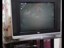 تلویزیون، ستاپ باکس و میز در شیپور