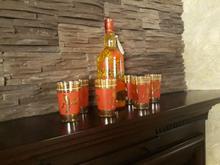 بطری زیبا همراه با 6 عدد لیوان در شیپور